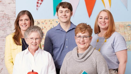 Online Retailer Celebrates 50 Amazing Teachers