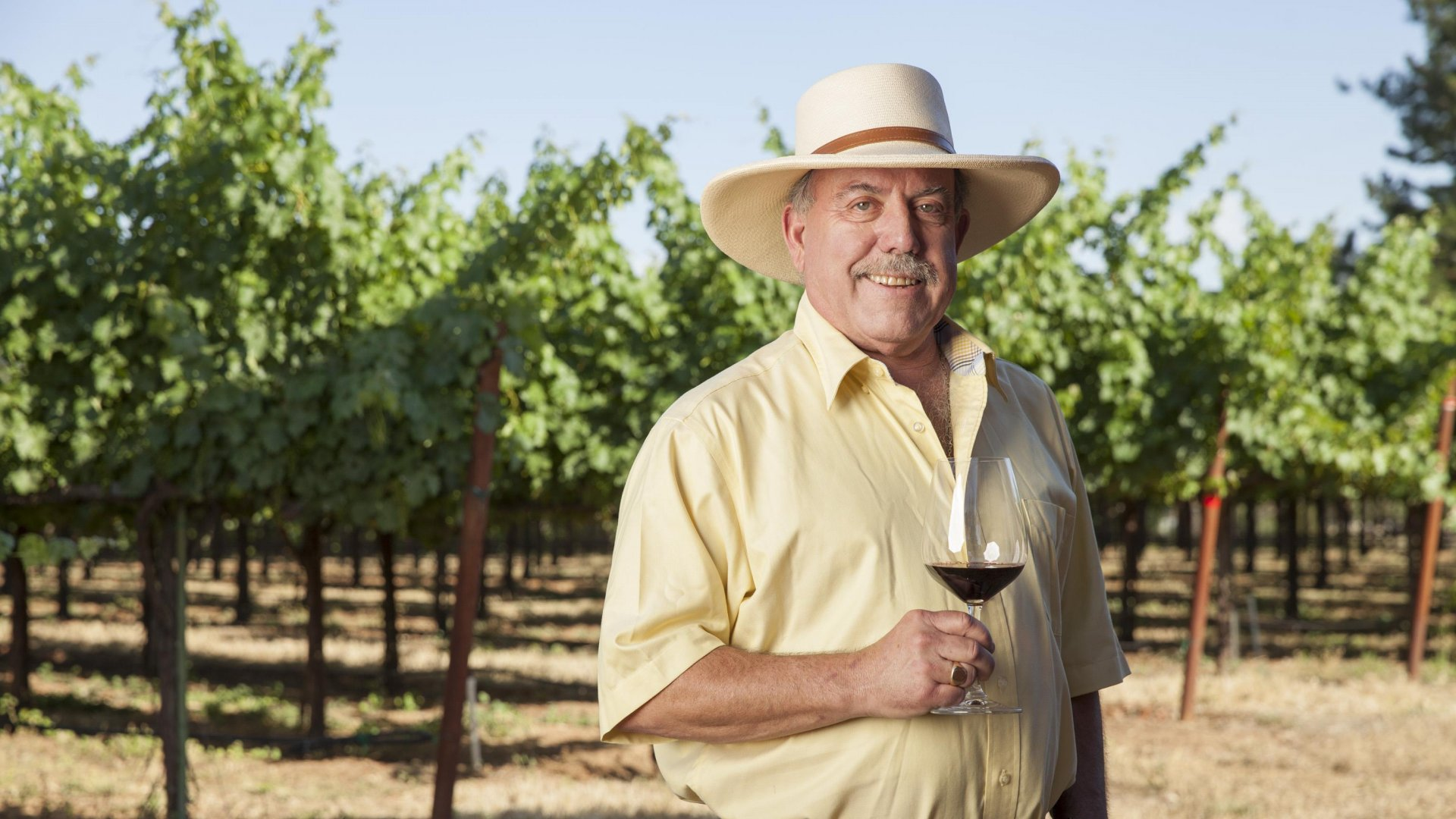 Iconic US Winemaker Toasts Tradition While Embracing Change