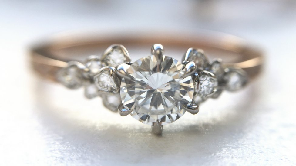 Engagement Ring - Helpful Tips for Picking the Perfect Engagement Ring