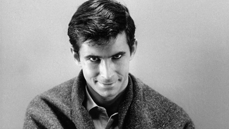 Anthony Perkins encarnando a Norman Bates