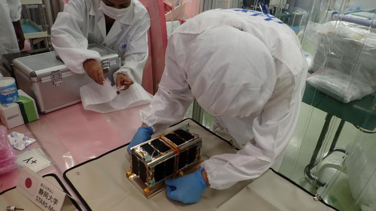 Stars-Me engineers preparing the satellites